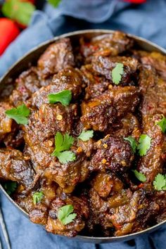 Beef Rendang - Slow-cooked fall apart spicy beef with a touch of heat. Slow Cooked Meals, Slow Cooker Beef, Slow Cooker Recipes, Beef Rendang Slow Cooker, Healthy Crockpot Recipes, Beef Recipes, Cooking Recipes, Beef Dishes, Tasty Dishes