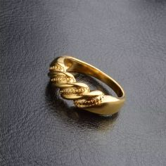 Gold Chain Design, Gold Ring Designs, Gold Earrings Designs, Jewellery Designs, Gold Jewelry Simple, Gold Rings Jewelry, Womens Jewelry Rings, Gold Jewellery, Wedding Jewelry