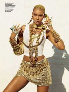 The Queen of Hip Hop (V magazine) Styling by Carlyne Cerf de Dudzeele