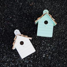 Puinen linnunpönttö Bird, Outdoor Decor, Home Decor, Decoration Home, Room Decor, Birds, Home Interior Design, Home Decoration, Interior Design