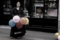 Romani street trader by Daves shots, via Flickr