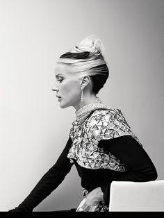 Color contrast inspiration. Fashion goddess Daphne.