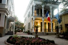 Degas House Historic Home, Courtyard, & Inn - New Orleans, Louisiana. New Orleans Bed and Breakfast Inns