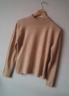 Kup mój przedmiot na #vintedpl http://www.vinted.pl/damska-odziez/swetry-z-golfem/16570339-brazowy-bardzo-wygodny-i-luzny-sweterek-marki-papaya