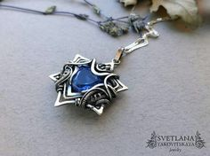 This wire wrapped pendant feels very Team Mystic. This wire wrapped pendant feels very Team Mystic. Wire Pendant, Wire Wrapped Pendant, Wire Wrapped Jewelry, Wire Jewelry, Pendant Jewelry, Jewelry Crafts, Beaded Jewelry, Handmade Jewelry, Jewlery