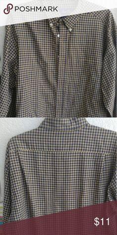 Men's size large Hunt Club blue tan shirt A good looking shirt that was worn 1 time. Hunt Club Shirts Dress Shirts