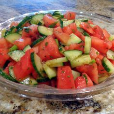 One Perfect Bite: Watermelon and Cucumber Salad for a Crowd One Perfect Bite: Salade de melon d'eau et de concombre … Cucumber Watermelon Salad, Fresh Fruit Salad, Fruit Salad Recipes, Watermelon Recipes, Vegetable Recipe For A Crowd, Vegetable Recipes, Potluck Recipes, Cooking Recipes, Healthy Recipes