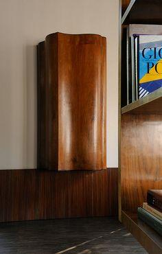 MadAbout Interior Design — Minimal Dandy in Milan Italian apartment decorated. Funny Furniture, Cool Furniture, Furniture Design, Minimalist Architecture, Interior Architecture, Rotterdam, Vincenzo De Cotiis, Italian Interior Design, Interior Styling