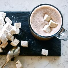 Handmade vanilla bean marshmallows? Yes please // featured this month at Cake and Cup! . . . #cakeandcup #bakery #marshmallows #hotchocolate #january #feature #handmade #warm #drink #vanillabean