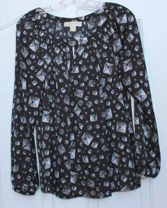 NWT $99.50 MICHAEL KORS sz 6 Logo Blouse Top Gray Black White diamond print
