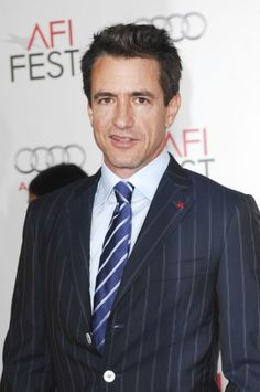 Dermot Mulroney.. such a hot old man.