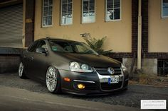 the brown mk5 jetta