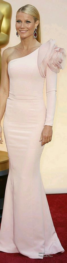708fbbff1d97 Gwyneth Paltrow, Mode Från Röda Mattan, Dammode, Eleganta Klänningar, Röda  Mattan,