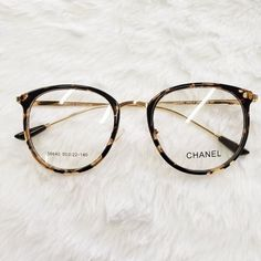 glasses frames for women ~ glasses no frame + glasses no frame eyeglasses + glasses no frames for women + glasses frames for women + glasses frames + clear glasses frames + womens glasses frames + clear frame glasses Chanel Glasses, New Glasses, Dior Eyeglasses, Eyeglasses For Women, Glasses Frames Trendy, Glasses Trends, Lunette Style, Celebrity Jewelry, Celebrity Style