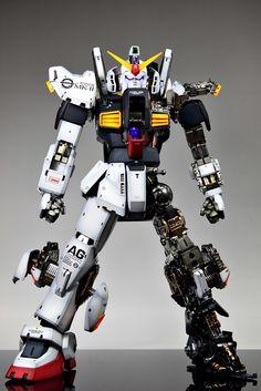 Gundam Model, Mobile Suit, Plastic Models, Building, Painting, Badass, Suits, Collections, Buildings