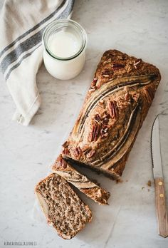 vegan baking & desserts к Banana Bread French Toast, Vegan Banana Bread, Banana Bread Recipes, Vegan Baking, Creative Food, No Bake Desserts, Food Pictures, Food Styling, Food Inspiration