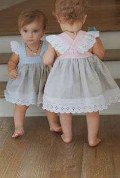 Good quality baby girls pinafore princess dress eyelet linen cotton baggy pretty dress for children - Baby Girl Dress - Ideas of Baby Girl Dress Sewing For Kids, Baby Sewing, Sewing Diy, Sewing Hacks, Sewing Ideas, Sewing Crafts, Sewing Patterns, Diy Crafts, Baby Girl Fashion