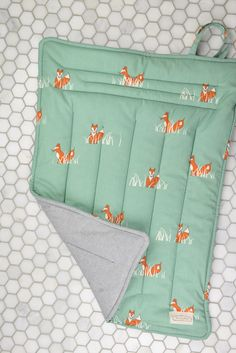 Organic Cotton Changing Mat & Other Adorable Eco Friendly Baby Shower Gifts | baby gifts | fox print | handmade