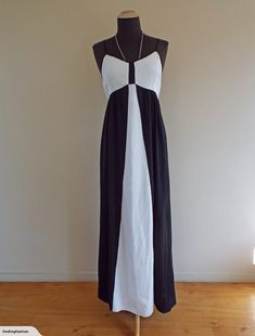 Emerge | Black & White Insert Evening Dress (10-12) | Trade Me Enlarge Photos, Close Up Photos, Evening Dresses, Fashion Outfits, This Or That Questions, Black And White, Fashion Design, Evening Gowns, Fashion Suits