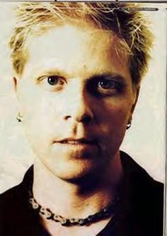 Dexter Holland, The Offspring :333