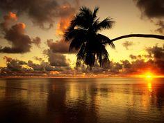 Nature Scenes Wallpaper Beautiful Sunset Beach - Your HD Wallpaper . Most Beautiful Beaches, Beautiful World, Beautiful Places, Beautiful Pictures, Beautiful Islands, Beautiful Gif, Peaceful Places, Stunning View, Beautiful Scenery