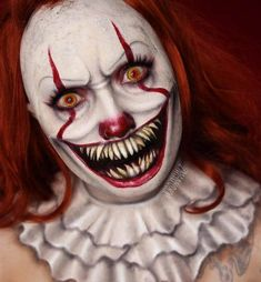 Halloween: Makeup Artists Terrifying Transformations Into Pennywise The Clown From It Movie Scary Clown Makeup, Creepy Halloween Makeup, Amazing Halloween Makeup, Scary Clown Costume, Clown Halloween, Halloween 2017, Halloween Horror, Horror Make-up, Mehron Makeup