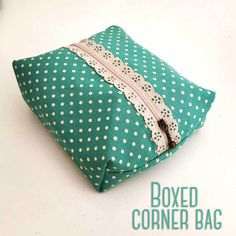 Box corner bag and triangular shaped bag with lace zips tutorial