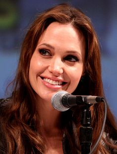 Angelina Jolie Will Also Get Her Ovaries Removed to Prevent Cancer http://www.babble.com/mom/angelina-jolie-will-also-get-her-ovaries-removed-to-prevent-cancer/