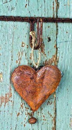 I Love Heart, Key To My Heart, Happy Heart, Heart In Nature, Heart Art, Rusty Metal, Turquoise, Aqua, Felt Hearts