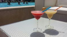 Drinks at the poolbar ☆