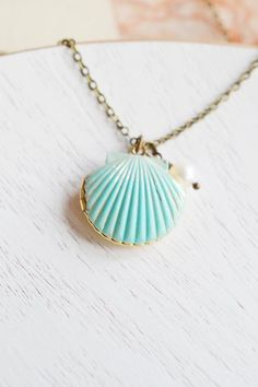 shell locket necklace,sea shell locket pendant,scallop shell pendant,patina mermaids seashell locket,pearl necklace,keepsake,nautical shell locket,ocean inspired,gold locket