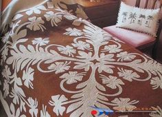 gorgeous hawaiian quilt