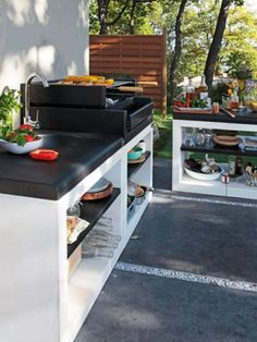 56 Awesome Outdoor Kitchen Designs : 56 Awesome Outdoor Kitchen Designs With White Black Kitchen Sink Oven Stove Appliances And Stone Floor Basic Kitchen, Summer Kitchen, Kitchen On A Budget, New Kitchen, Kitchen Decor, Kitchen Ideas, Kitchen Colors, Kitchen Layout, Outdoor Kitchen Countertops