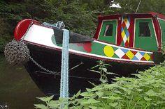 Mooring a narrowboat