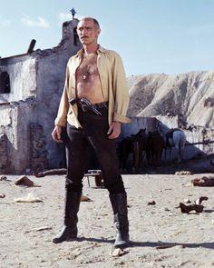 American actor Lee Van Cleef as Ryan in 'Death Rides A Horse' directed by Giulio Petroni 1967 Lee Van Cleef, Westerns, Bear Men, Movie Poster Art, Tough Guy, Western Movies, Clint Eastwood, Older Men, People Art