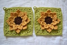 All Things Bright and Beautiful: Sunflower Pot Holders