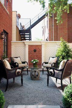 Traditional Patio gravel patio Design Ideas, Pictures, Remodel and Decor White Brick Wallpaper, Look Wallpaper, White Brick Walls, Small Backyard Design, Small Backyard Patio, Backyard Patio Designs, Backyard Ideas, Garden Ideas, Gravel Patio