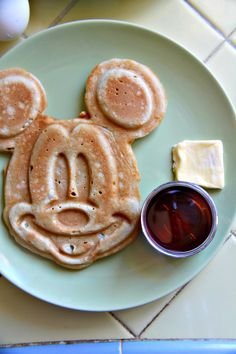 Super adorable! Mickey Mouse waffles that will brighten your magical weekend brunch!