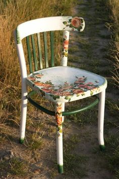 Mobili per decoupage – Recycled Furnitures Ideas Kids Bedroom Furniture, Space Saving Furniture, Diy Furniture Projects, Refurbished Furniture, Repurposed Furniture, Shabby Chic Furniture, Rustic Furniture, Vintage Furniture, Thrift Store Furniture