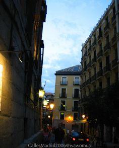 Calles de Madrid2006/ Paseito po las calles. #vidamadrid #Madrid #madridtme #instamadrid #igersmadrid #ok_madrid #madridgrafias #madridmemola #madridmemata #loves_madrid #ig_madrid #igers #マドリード #マドリッド #españa #instaespaña #callesdemadrid #calles #cielo