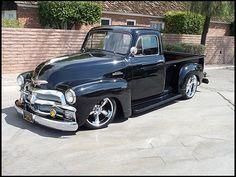 Set of Memorable Trucks To Hit Mecum Auction - Custom Classic Trucks Magazine - Hot Rod 1954 Chevy Truck, Chevy Pickup Trucks, Gm Trucks, Chevy Pickups, Chevrolet Trucks, Cool Trucks, Chevy 3100, Dually Trucks, Kombi Pick Up
