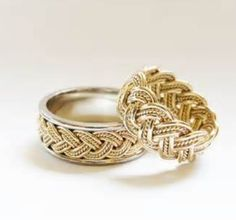 1ea1dc5bbbed His and hers elegant rings Anillo Trenzado