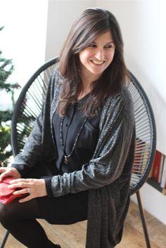 ddfffd51de6 La robe chemisier Rosanna noire La Petite Française et le gilet noir  brillant Célestine. Tenue