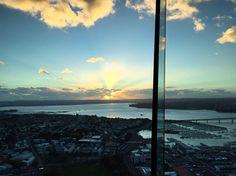Beautiful sunset view from Skytower, Auckland! �� #sunset #skyline #skytower #auckland #bluesky #ocean #newzealandvacations #nz #newzealandguide #nzimagery #nztravelreview #beautifulnz #travel #travelawesome #travelphotography #wanderlust #clouds #beautiful http://tipsrazzi.com/ipost/1504896078679122624/?code=BTidwKhjCLA