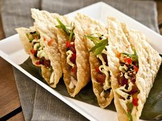 Recipe for Ahi Tuna Tacos with Asian Slaw & Wasabi Lime Avocado Sauce in wonton shells from Tommy Bahama Restaurant & Bar Wonton Tacos, Tuna Tacos, Tuna Recipes, Cooking Recipes, Healthy Recipes, Healthy Meals, Healthy Food, Skinny Recipes, Quick Meals