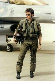 David Tennant in a uniform...my God!