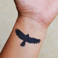 Front Wrist Eagle Tattoos - Best Wrist Tattoos For Men: Cool Wrist Tattoo Design. Front Wrist Eagle Tattoos - Best Wrist Tattoos For Men: Cool Wrist Tattoo Designs and Badass Ideas For Guys Wrist Tattoos For Guys, Girls With Sleeve Tattoos, Small Wrist Tattoos, Tattoos For Women Small, Trendy Tattoos, Popular Tattoos, Cool Tattoos, Tattoos Pics, Tatoos