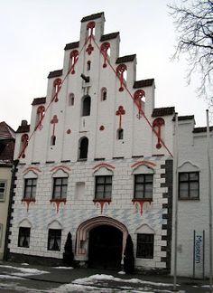 045. Die Herzogsburg in Dingolfing. Germany.