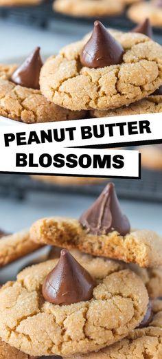 Peanut Butter Blossoms Peanut Butter Desserts, Peanut Butter Cookies, Chocolate Chip Cookies, Sugar Cookies, Easy Cookie Recipes, Best Dessert Recipes, Delicious Desserts, Easy Recipes, Yummy Food