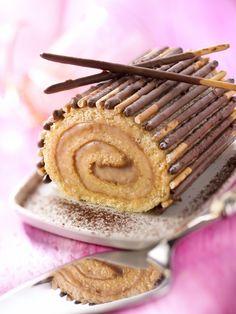 Bûche au caramel beurre salé avec Mikado®